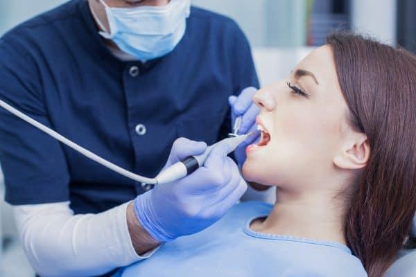 מרפאת שיניים