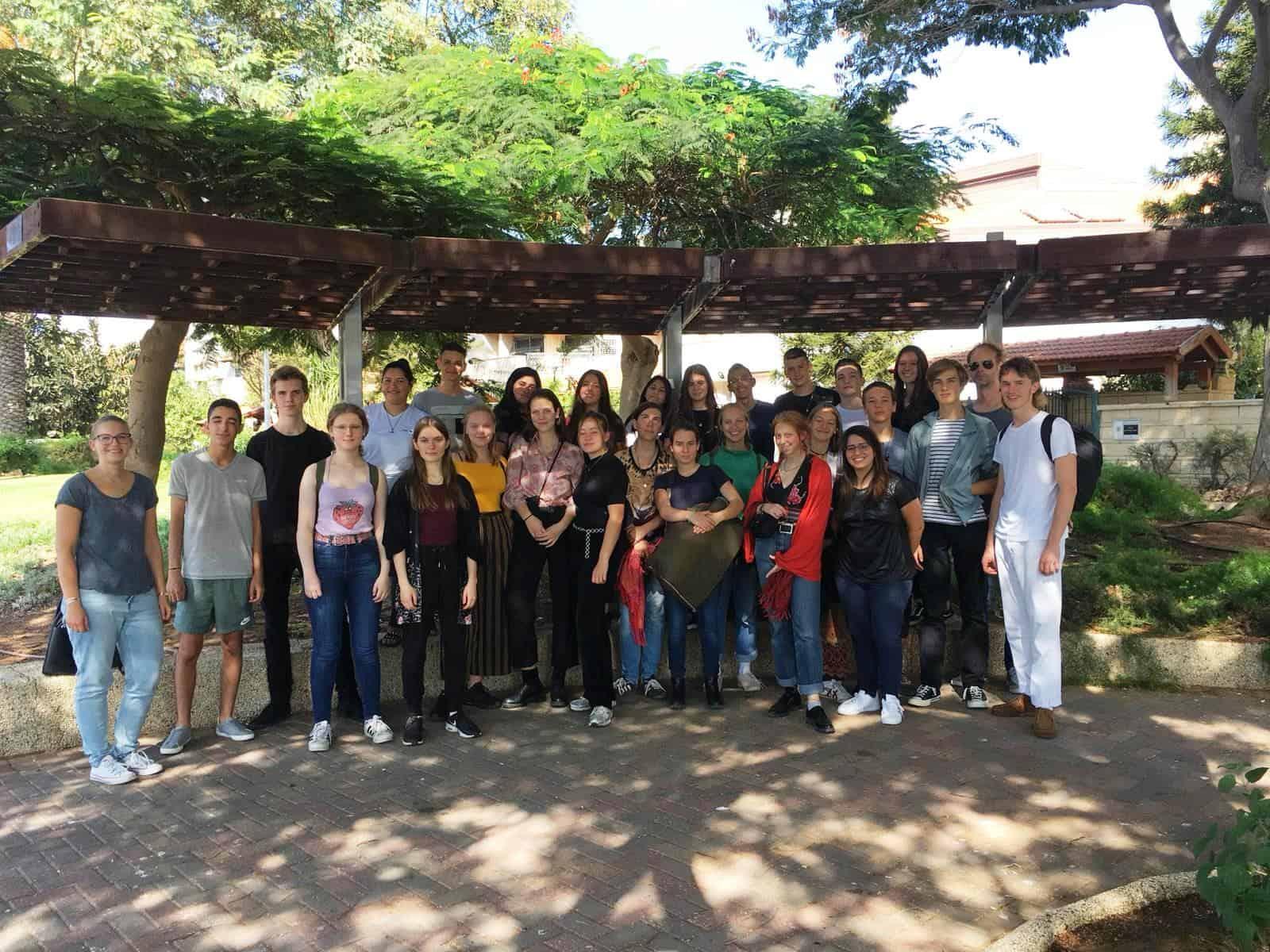משלחת נוער ממיטה ברלין עם תלמידי גימנסיה נבון, צילום-עיריית חולון
