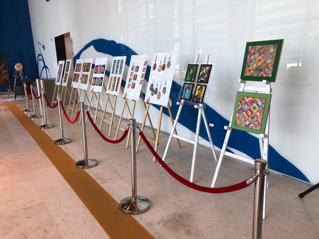 גלריה 58 במרכז עזריאלי חולון, צילום-עיריית חולון
