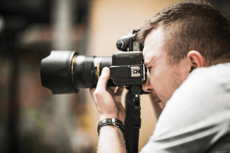 צלם מגנטים ליעד מרום canva